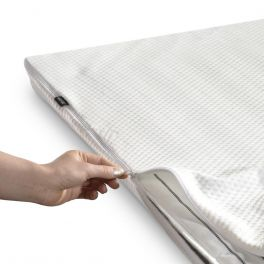 JAY-BE Jubilee Folding Guest Bed Protective Mattress Cover - 2ft6 or 4ft